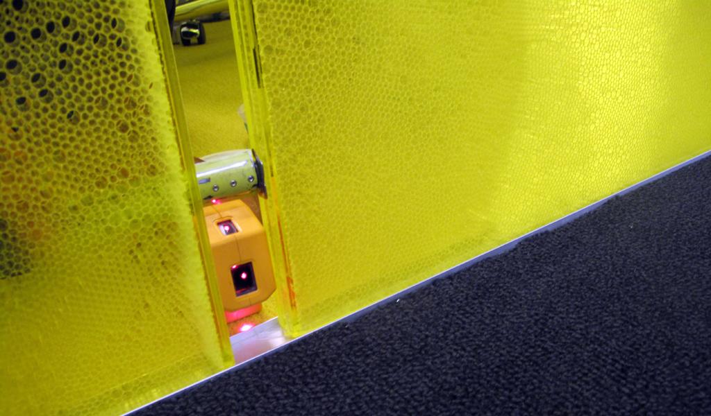 Panelite Bonded Series Partitions Sliding Doors | Westfield Headquarters, Los Angeles | Architect: Woods Bagot | Installer: Zaun Glass