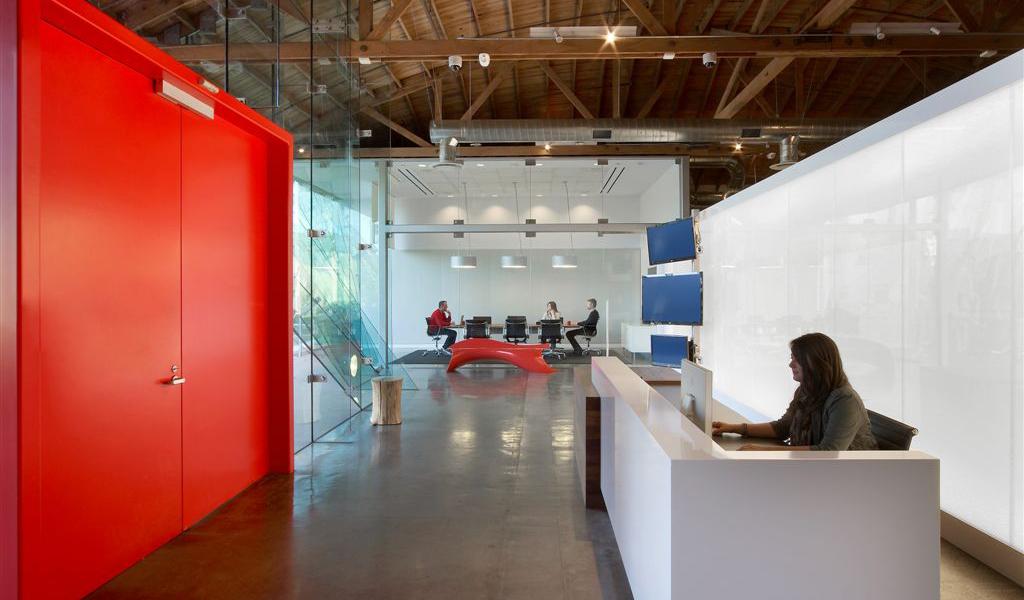 Panelite Bonded Series Backlit Wall   Ogilvy offices   Architect: HOK