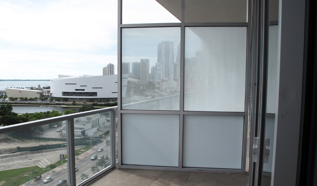 Panelite ClearShade Exterior Glazing Privacy Partitions Marquis Condominiums Miami Arqitectonica 7