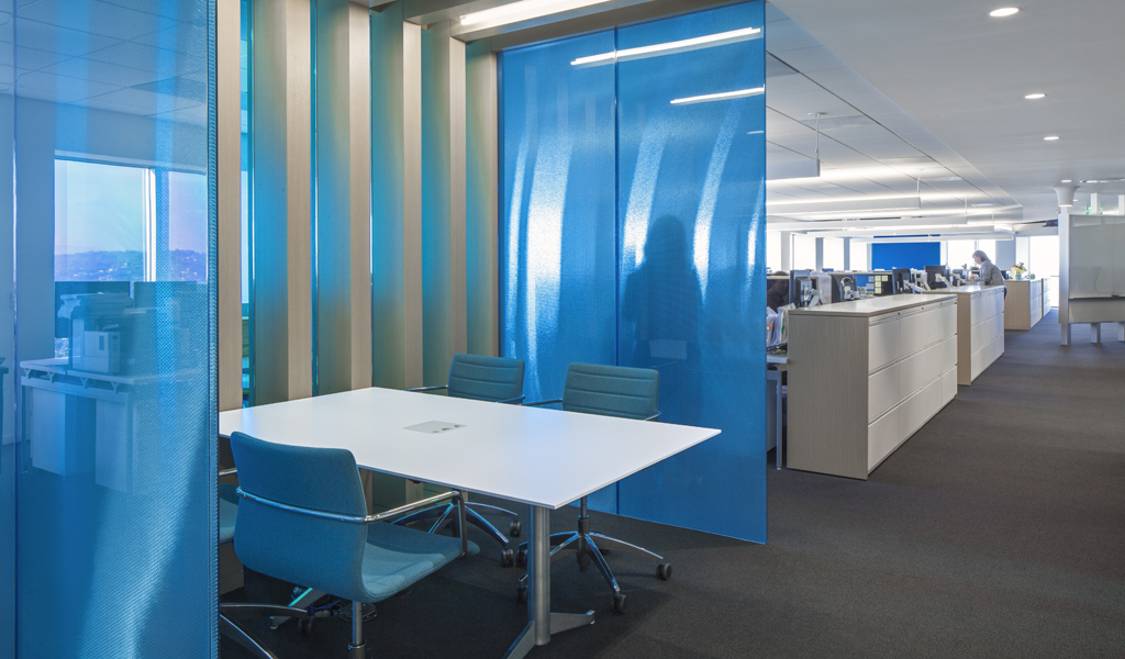 Directional transparency and views with Aluminum Hexagonal honeycomb core and blue transparent facings