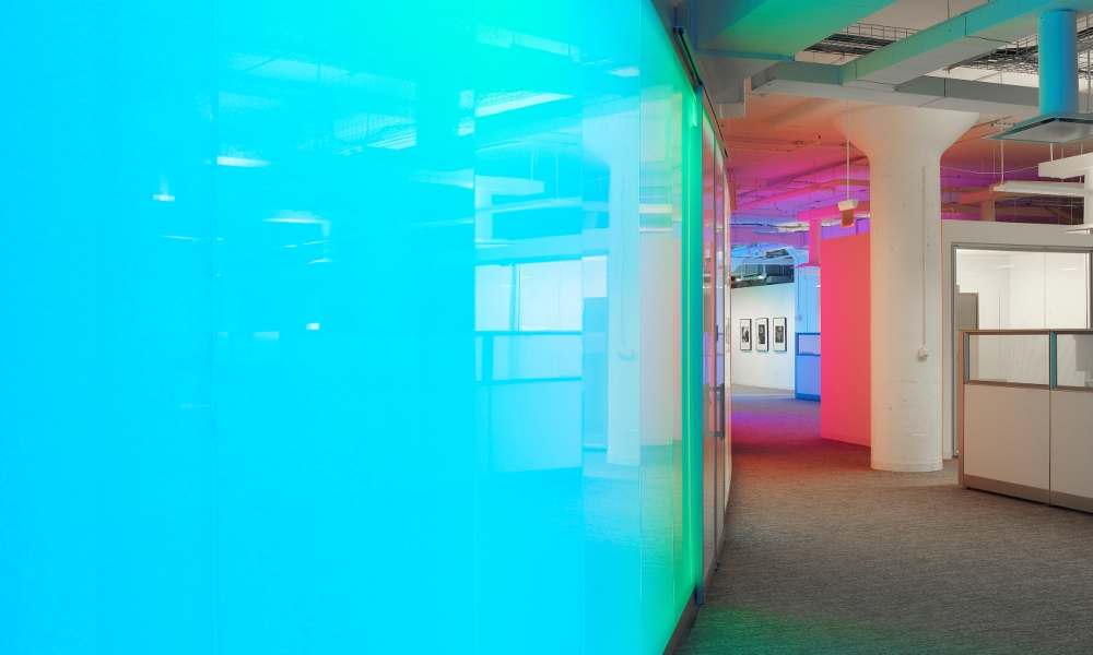 Faceted Bonded Series Panels Created Curved Backlit Walls and Partitions