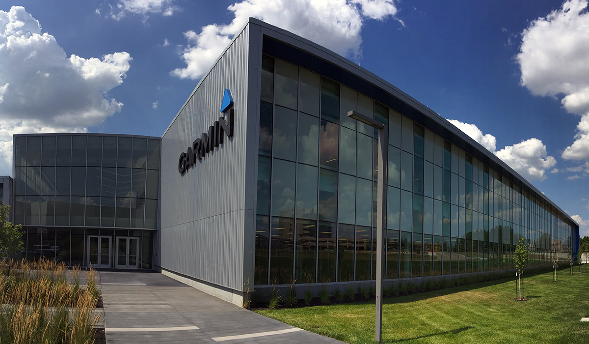 Panelite ClearShade Exterior Facade Glazing Garmin HQ Photo Gould Evans - Exterior glazing with solar shading, diffuse daylight
